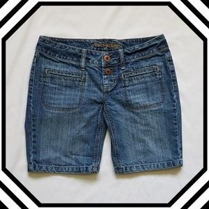 AEO Double Button Medium Length Jean Shorts